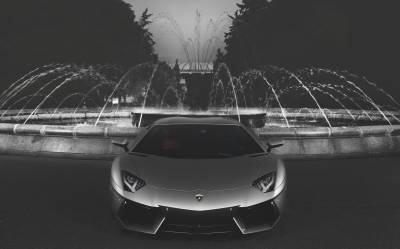 Lamborghini & Fountain