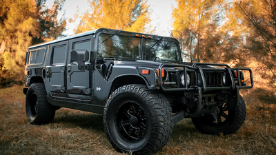 Hummer, with, matte, black, KMC, Customized