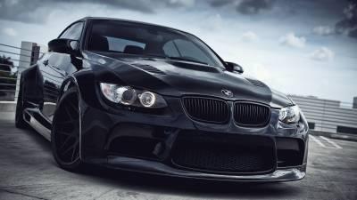 Black BMW M3 E92
