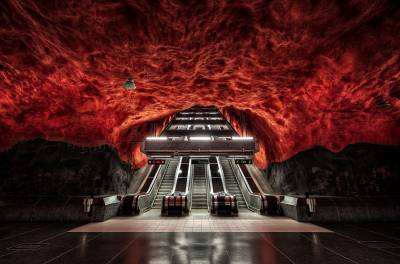 Hell in the subway