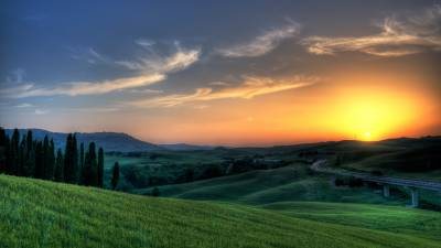 Sunset At Tuscany