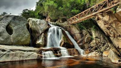 Africa Falls